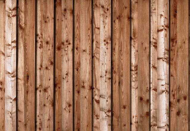 Sodowanie drewna – czyszczenie nieruchomości