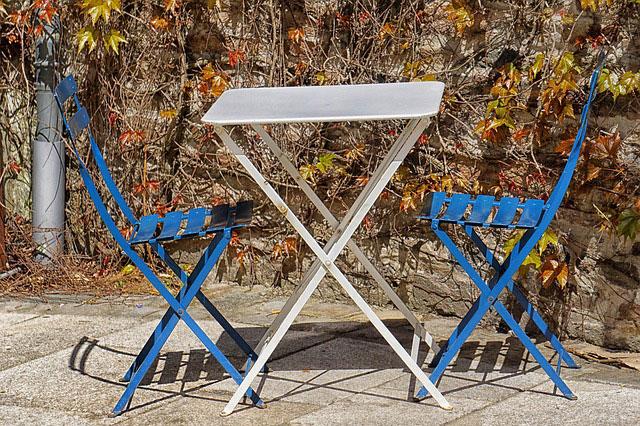 Jakie blaty stołowe wybrać do naszego lokalu