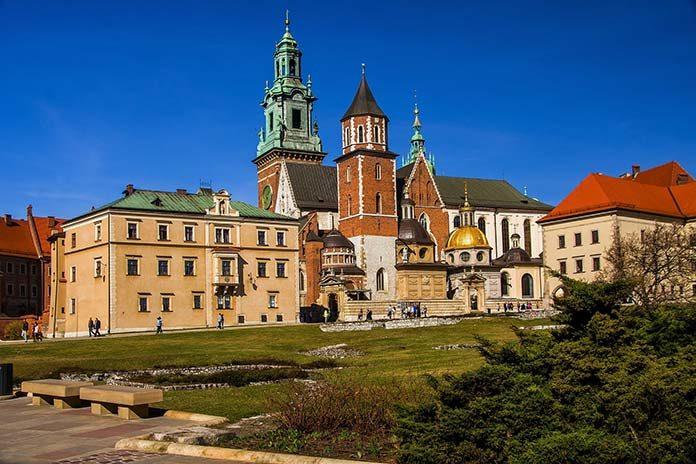 Gdzie zamieszkać po studiach w Krakowie?