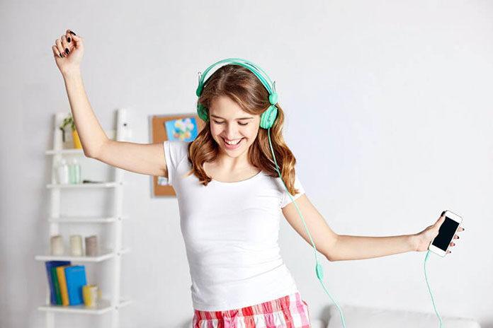 Przestrzeń dla dorastania - jak urządzić pokój nastolatkowi?