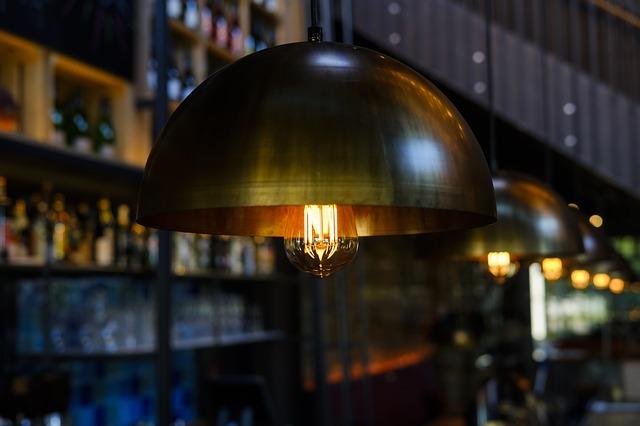 Długość lampy wiszącej a pomieszczenie